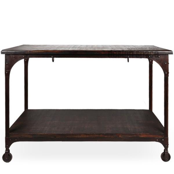 garden table<br>(가든 테이블)